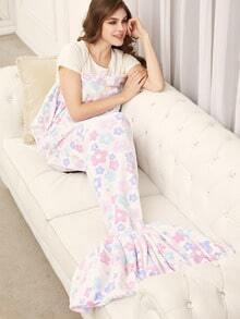 White Floral Pattern Mermaid Blanket