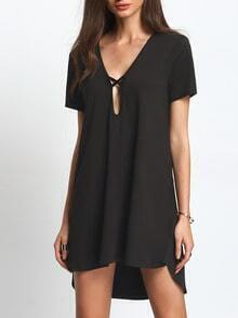 Black Keyhole Short Sleeve Dip Hem Shift Dress