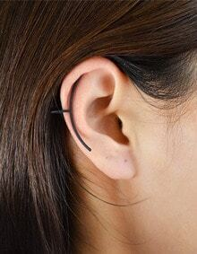 Black Simple Long Ear Cuff