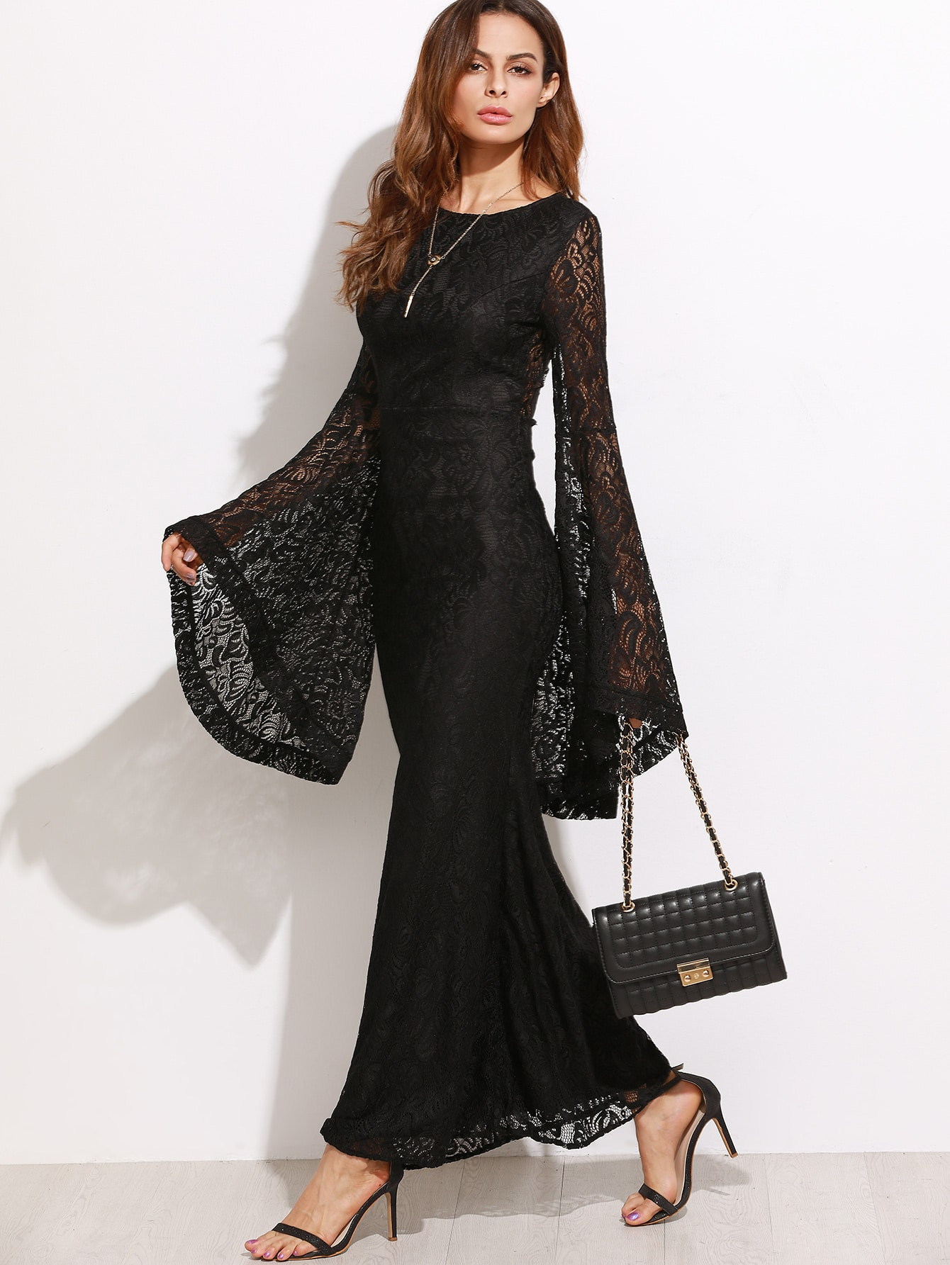 Bell sleeve dress lace