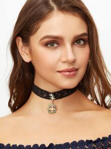 Black Lace Sun Rhinestone Pendant Choker Necklace