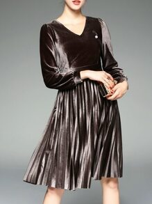 Brown V Neck Velvet Pleated A-Line Dress