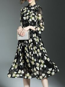 Black Sheer Pleated Floral A-Line Dress