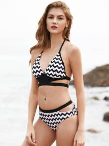 Chevron Print Strappy Design Halter Bikini Set