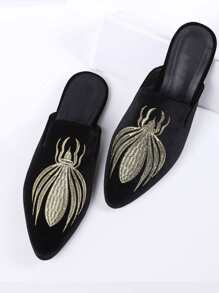 Black Embroidery Point Toe Velvet Flat Slippers