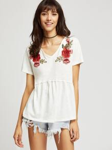 White Rose Patch V Neck Slub T-shirt