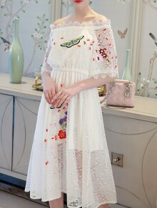 White Boat Neck Flowers Embroidered Lace Dress