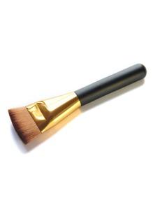 Fan Shaped Makeup Brush