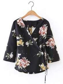 V-Neckline Floral Tie Waist Warp Top